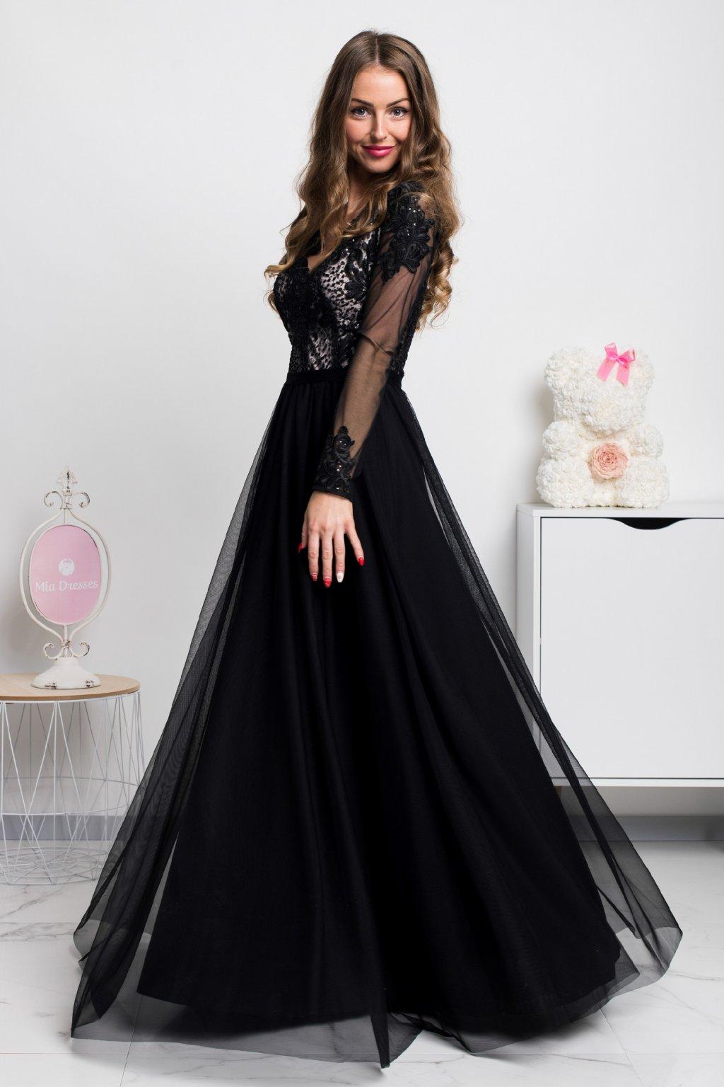 Čierne dlhé šaty s tylovou sukňou a rukávmi