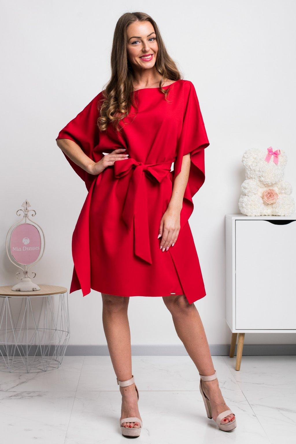 Červené krátke šaty s voľnými rukávmi