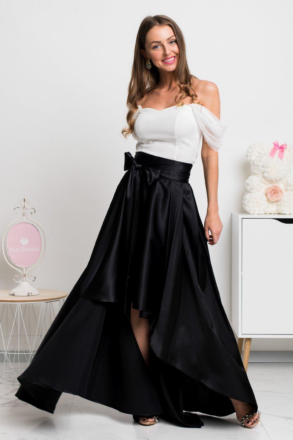 Čierna saténová asymetrická sukňa