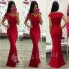 Červené spoločenské priliehavé šaty