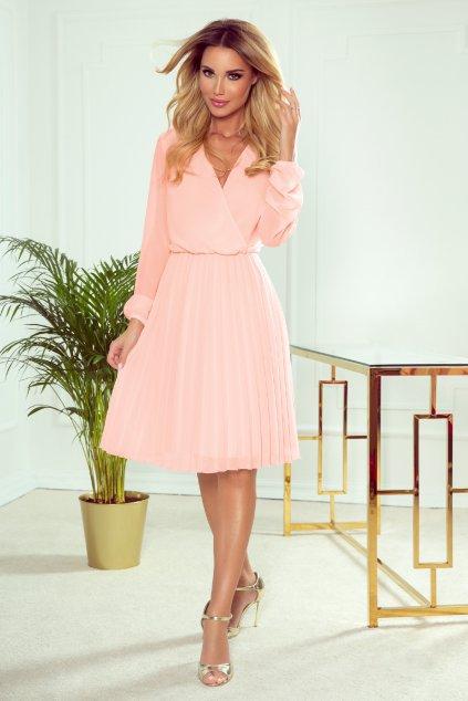Svetloružové krátke šaty so skladanou sukňou