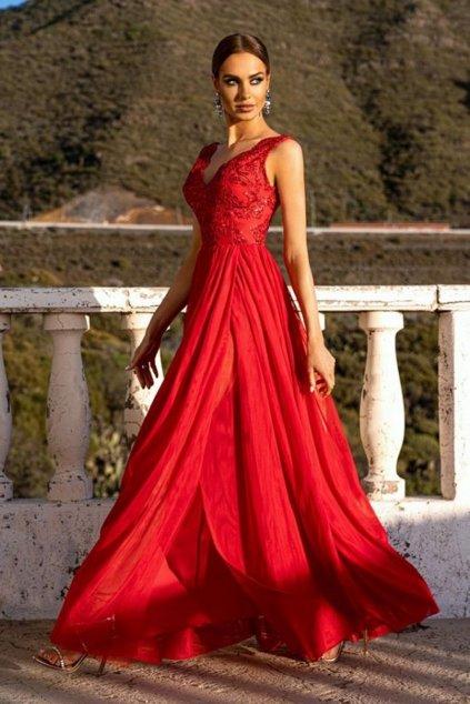 Červené spoločenské šaty s tylovou sukňou a rozparkom