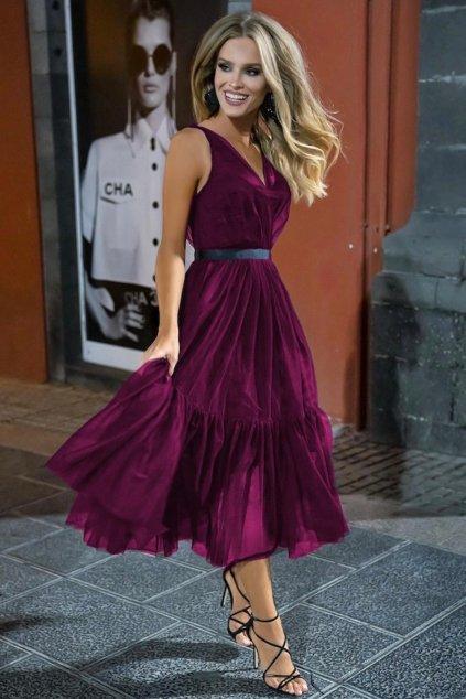 Purpurové tylové midi šaty