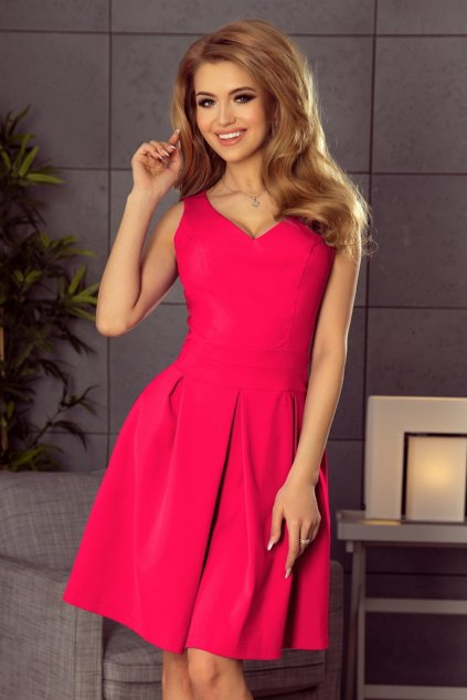 Cyklaménové krátke šaty