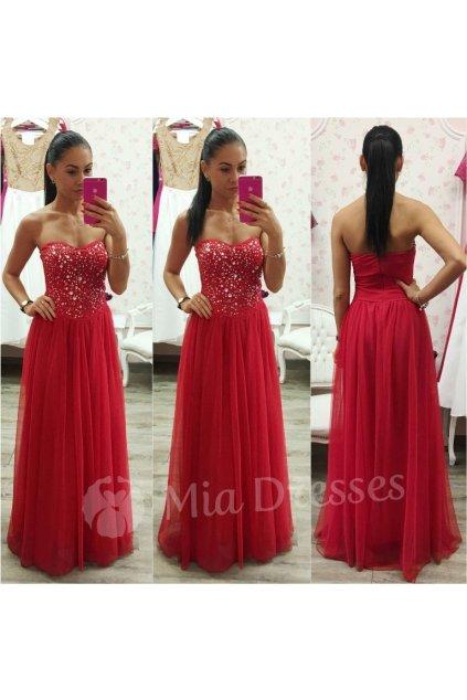Červené spoločenské šaty s kamienkami