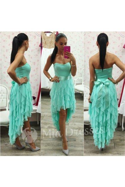 Mentolové asymetrické šaty so stuhou