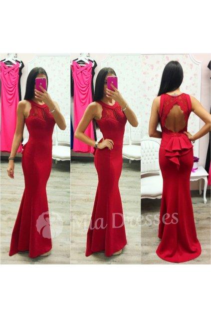 Červené spoločenské šaty s odhaleným chrbtom