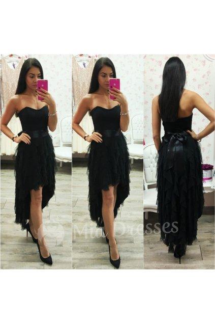 Čierne asymetrické šaty so stuhou