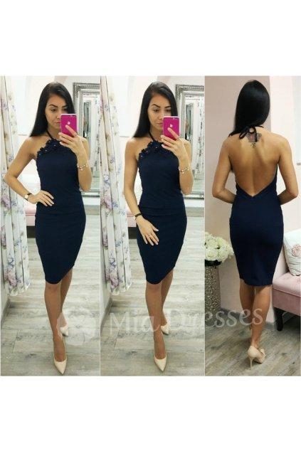 Tmavomodré midi šaty s odhaleným chrbtom