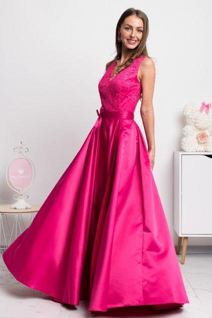 Cyklaménové spoločenské šaty so saténovou sukňou