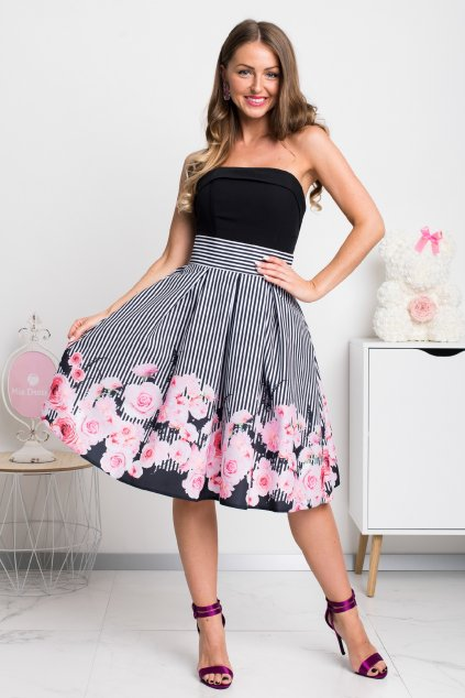 Pásikavá krátka sukňa s kvetinami