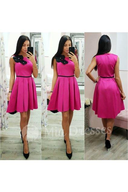 Cyklaménové krátke áčkové šaty