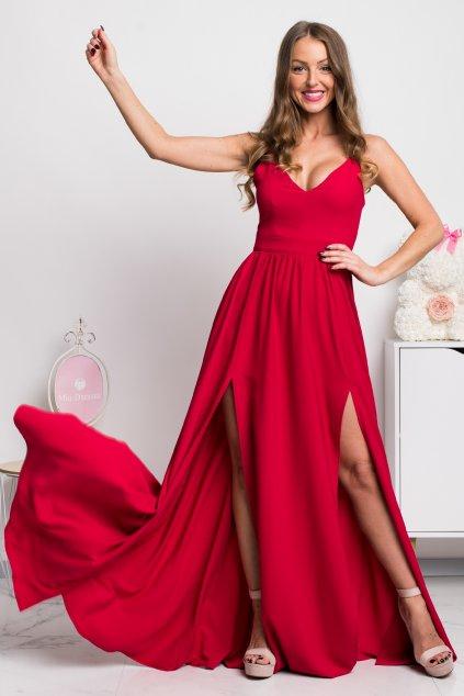 Červené spoločenské šaty s rozparkami