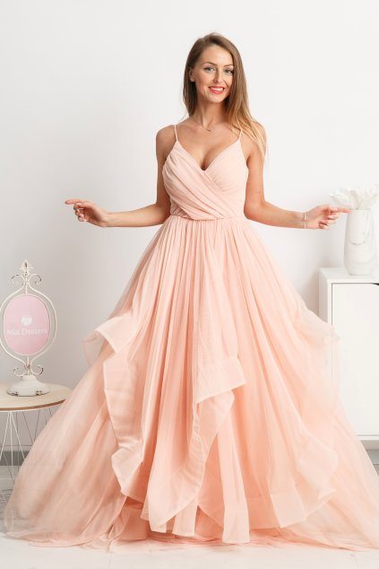 Púdrové spoločenské šaty s tylovou sukňou
