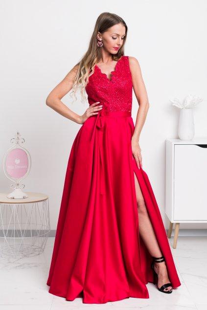 Červené spoločenské šaty so saténovou sukňou