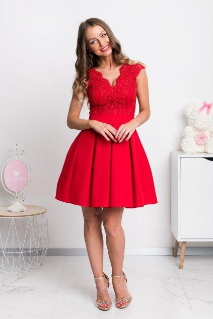 Červené spoločenské mini šaty s áčkovou sukňou