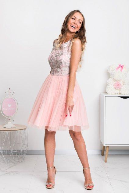 Svetloružové krátke šaty s tylovou sukňou