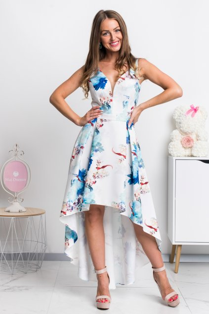Svetlomodré kvetinové asymetrické šaty