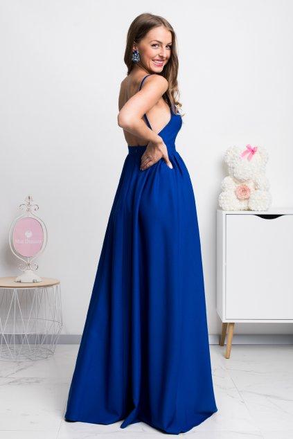Modré spoločenské šaty s odhaleným chrbtom