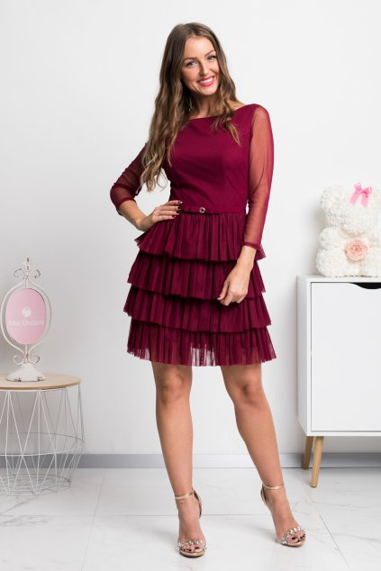 Bordové tylové krátke šaty s nariasenou sukňou