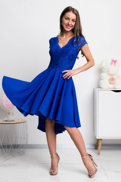 Modré asymetrické šaty s čipkou a krátkymi rukávmi