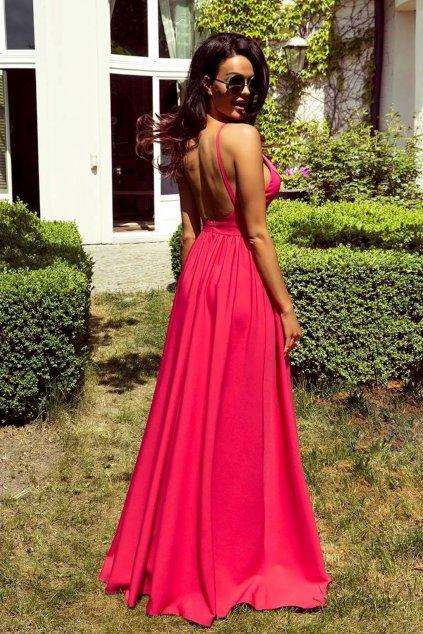 Cyklaménové spoločenské šaty s odhaleným chrbtom