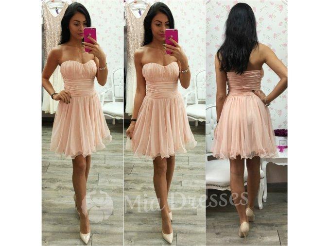 Púdrové spoločenské šaty
