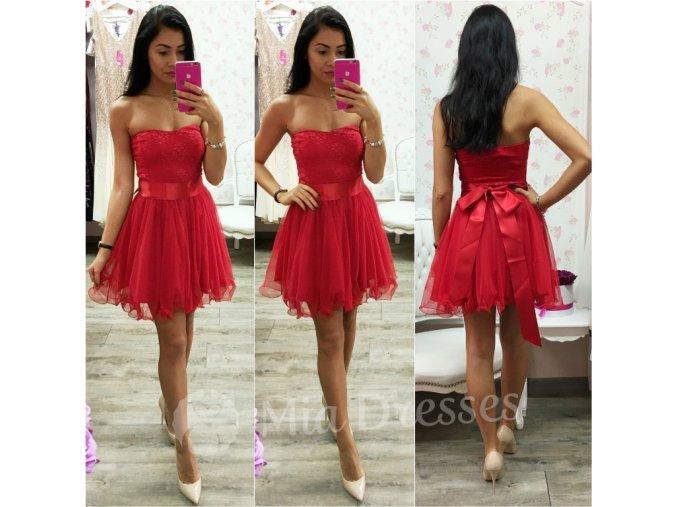 Červené šaty s čipkovaným vrchom