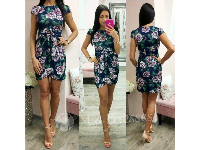 Tmavomodré mini šaty s kvetmi