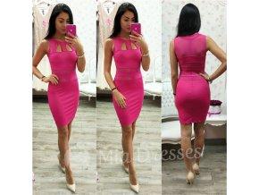 Cyklaménové krátke šaty s výrezmi
