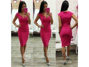 Cyklaménové krátke šaty s výstrihom
