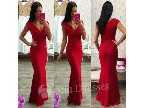 Tmavočervené spoločenské priliehavé šaty