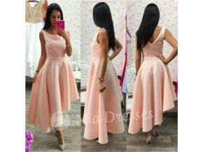 Púdrové spoločenské asymetrické šaty