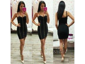 Čierne mini šaty so zlatým zdobením