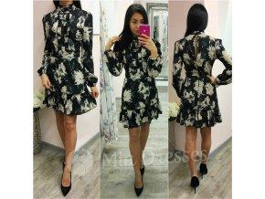 Čierne krátke šaty s kvetinami