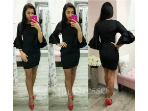 Čierne krátke šaty s volánovými rukávmi