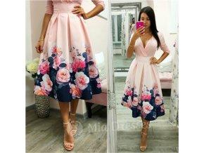 Púdrová kvetinová midi sukňa