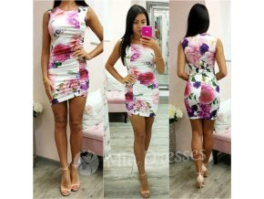 Smotanové mini šaty s kvetinami
