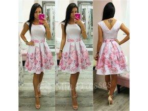 Kvetinové áčkové krátke šaty