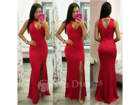 Červené dlhé šaty s chokerom