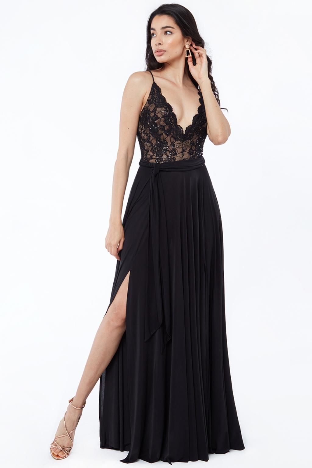 Čierne spoločenské šaty s krajkou a flitrami Veľkosť: L
