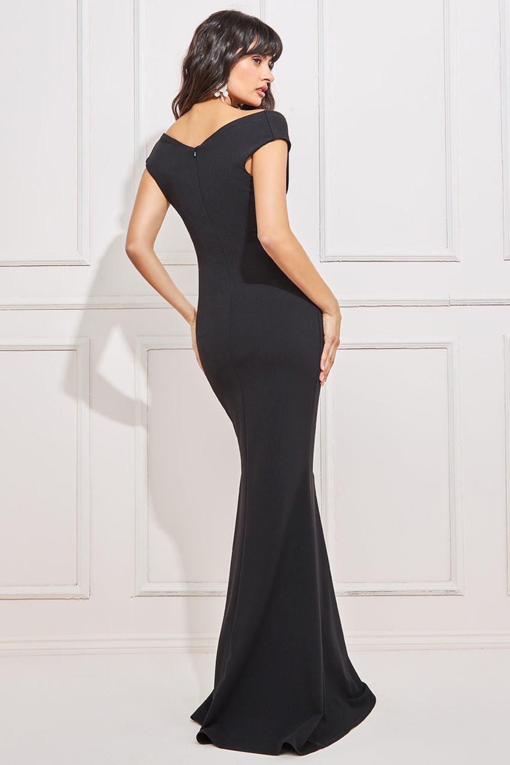 Čierne spoločenské priliehavé šaty Veľkosť: XS