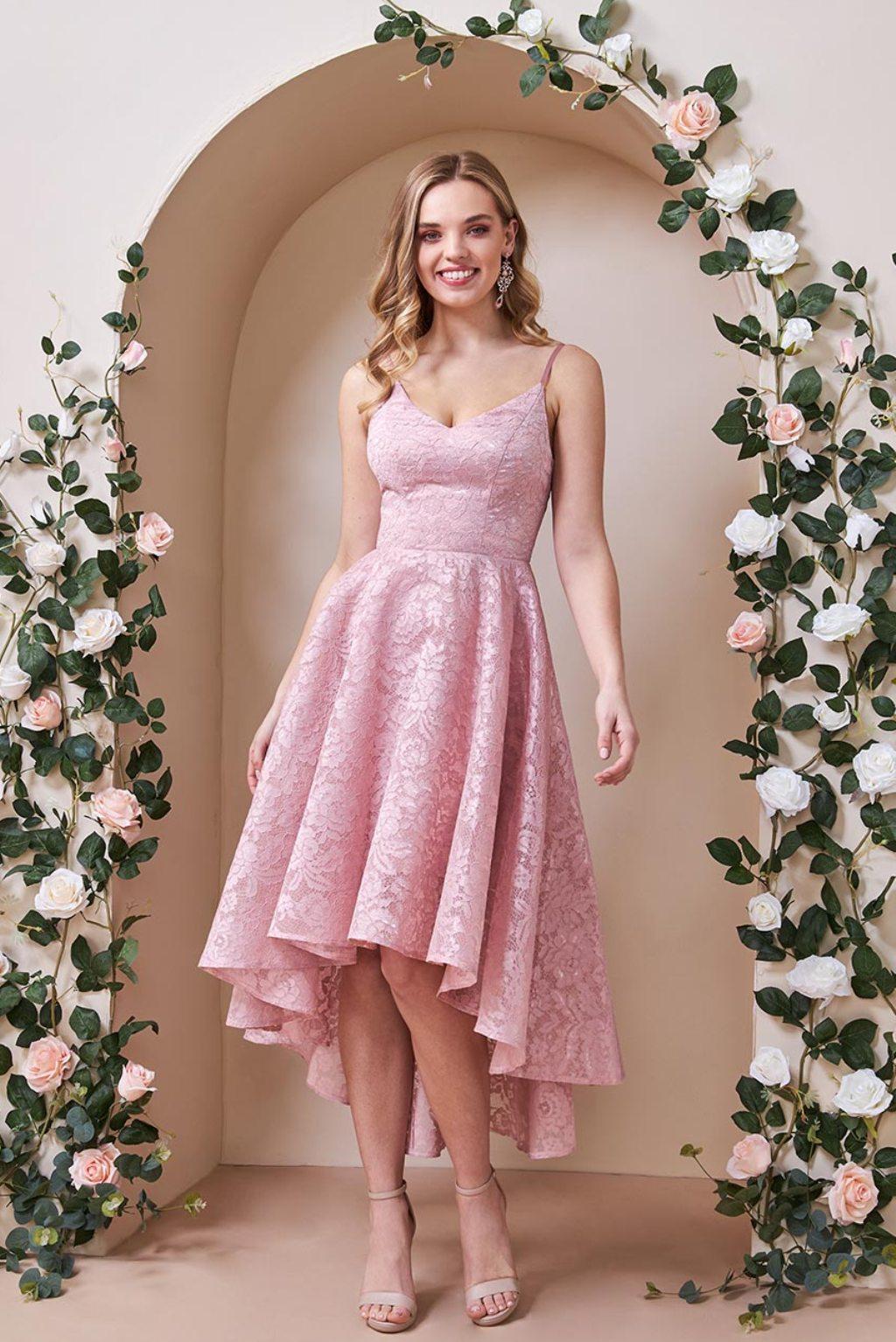 Ružové spoločenské asymetrické šaty s krajkou Veľkosť: M