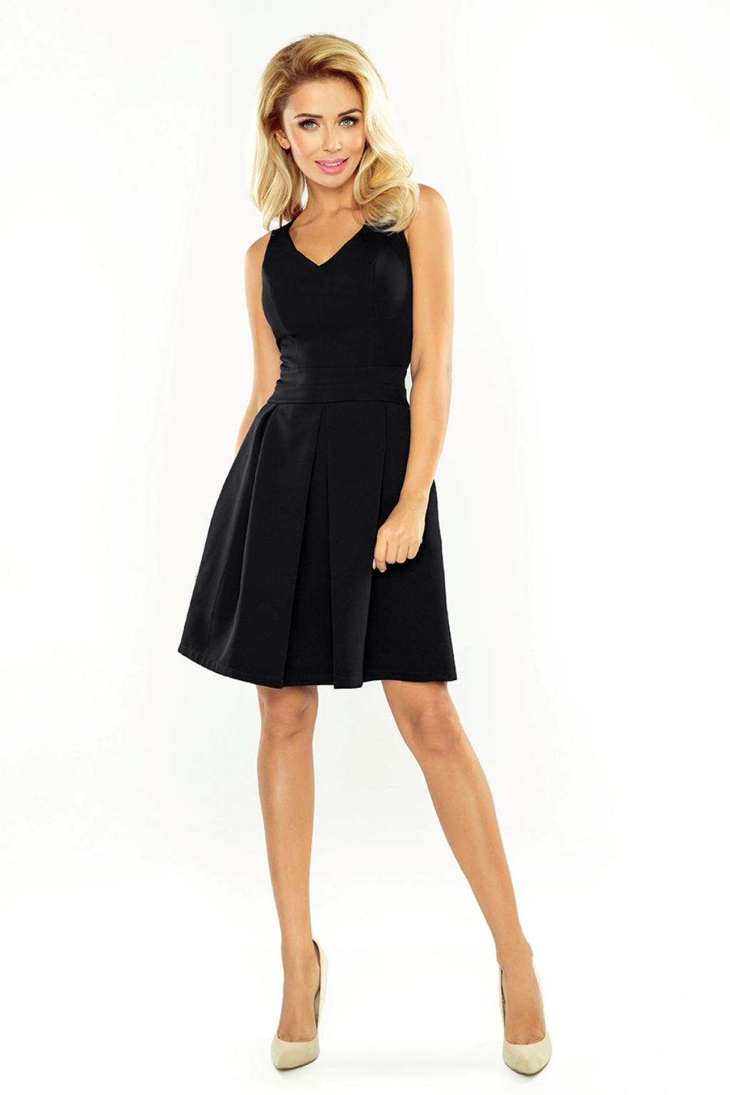 Čierne krátke šaty Veľkosť: XL