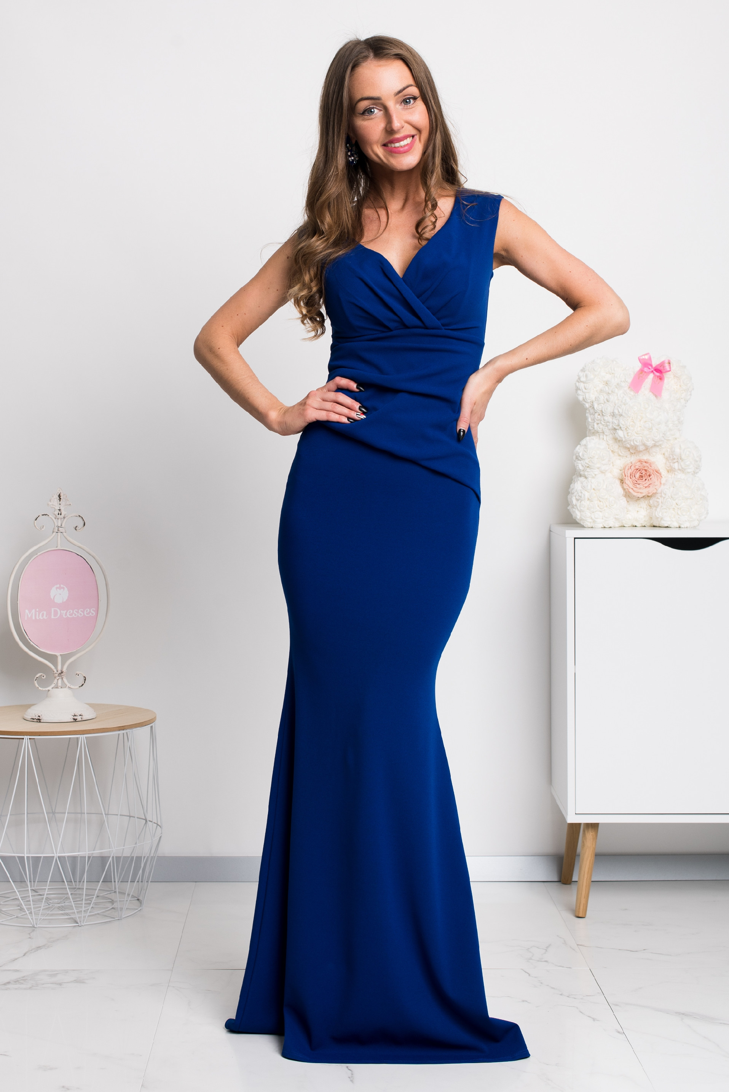 Modré spoločenské priliehavé šaty Veľkosť: S