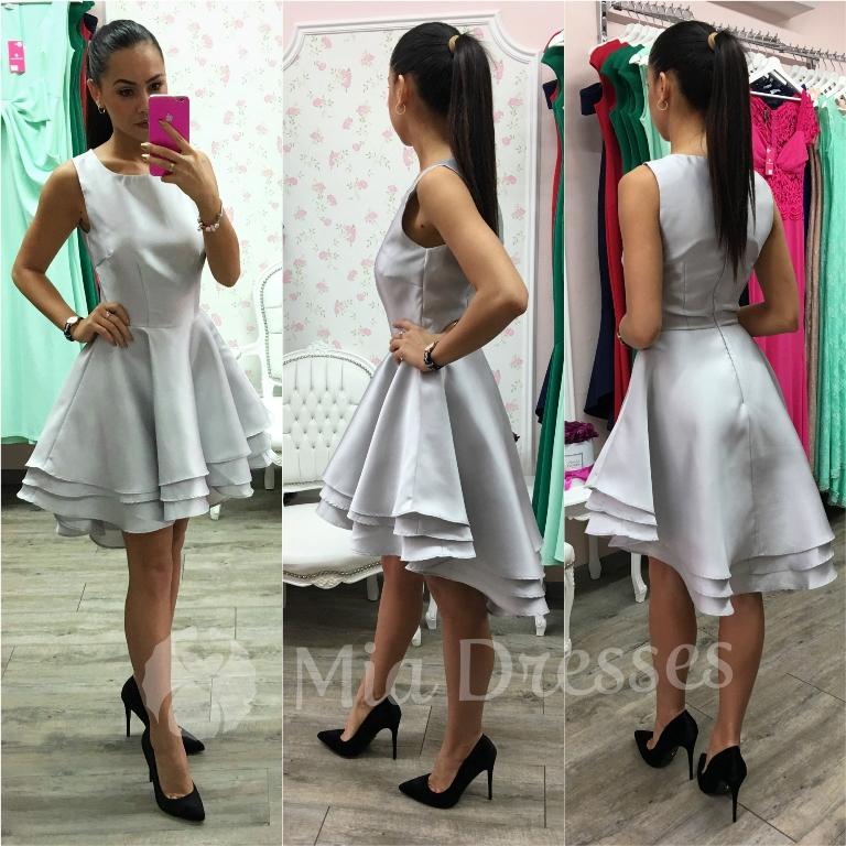 Strieborné spoločenské asymetrické šaty Veľkosť: XL