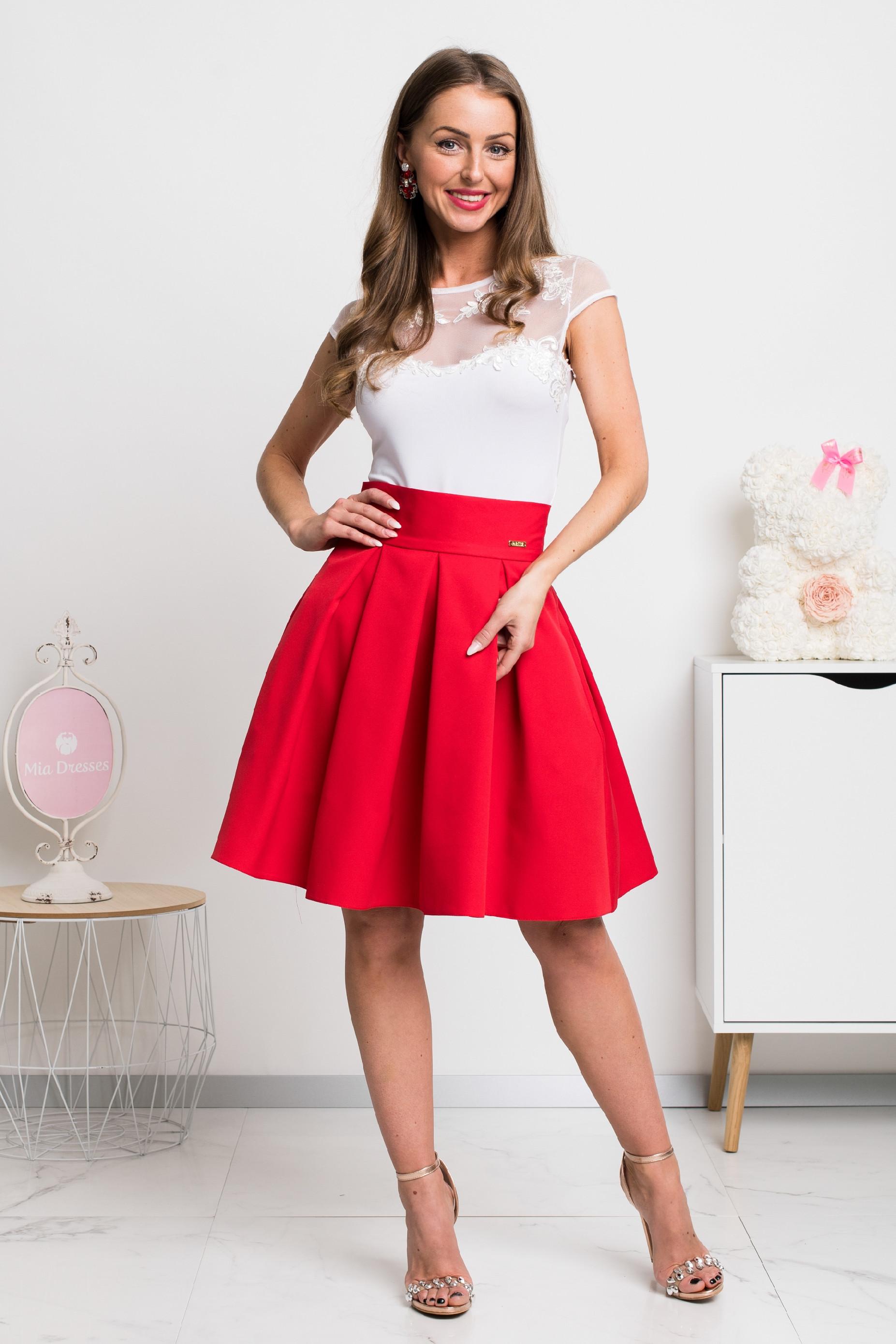 Červená áčková mini sukňa Veľkosť: XS