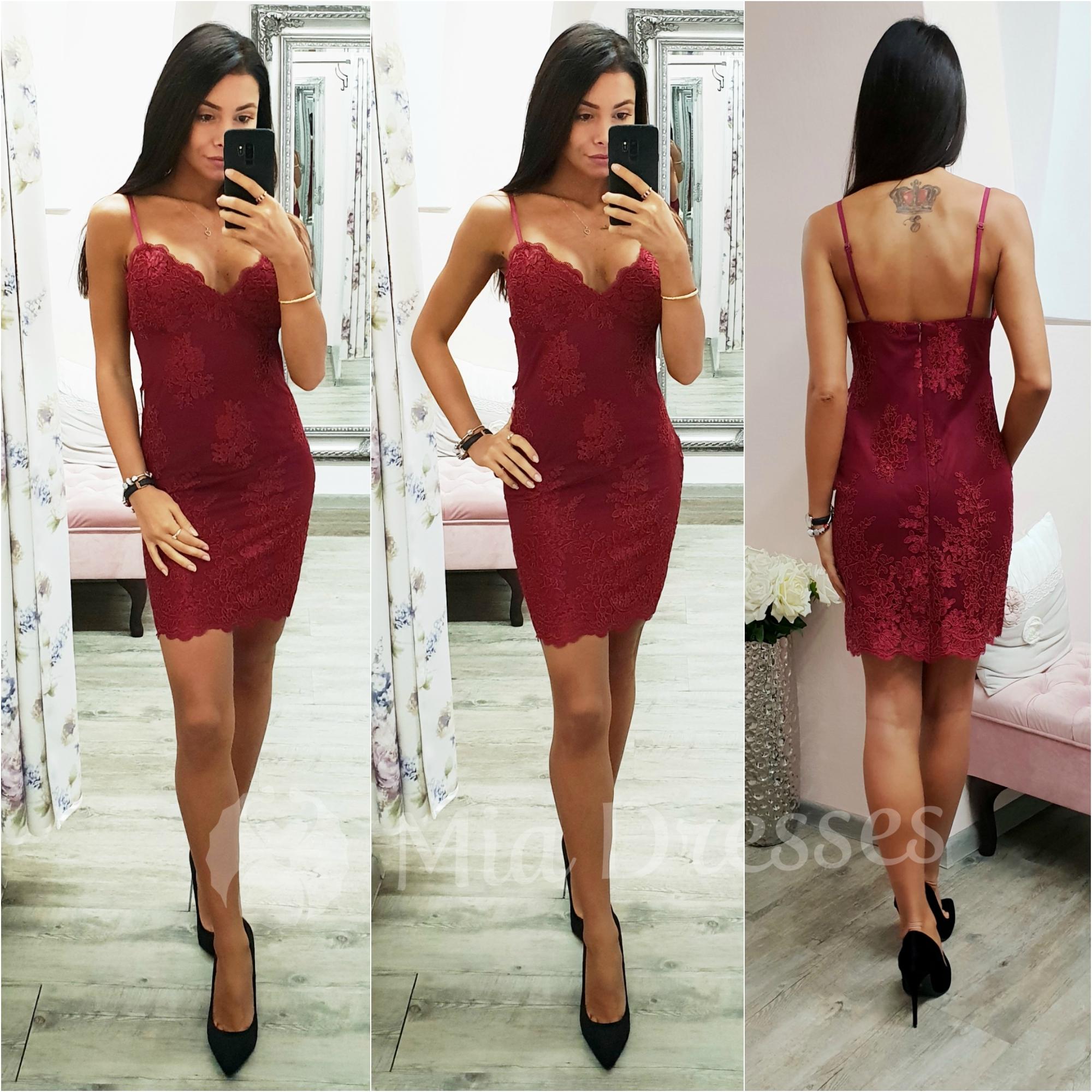 Vínové krajkové mini šaty na ramienka Veľkosť: M