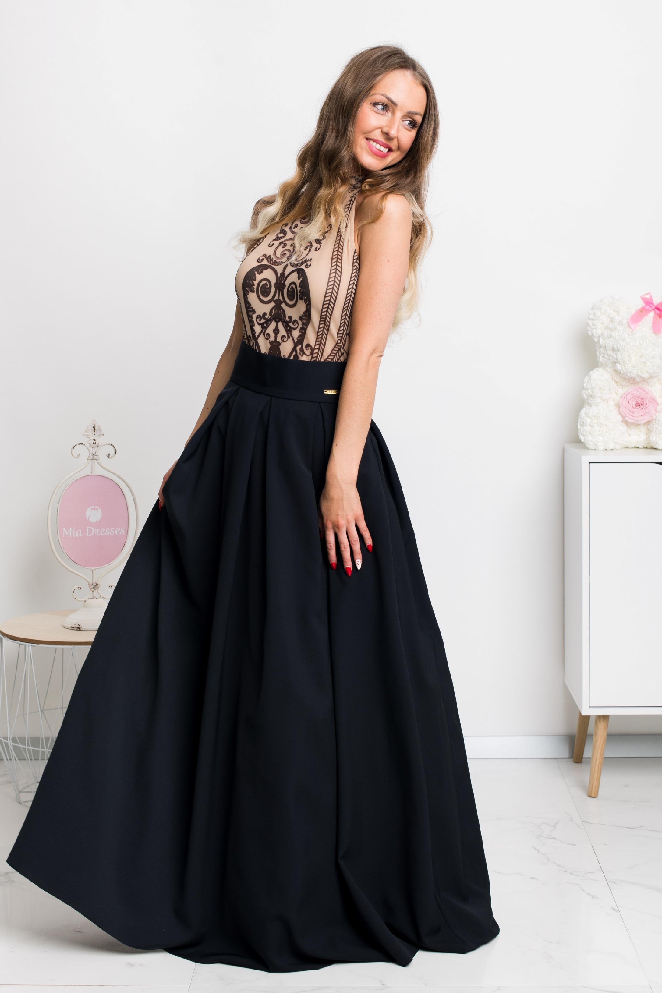 Čierna dlhá sukňa Veľkosť: L
