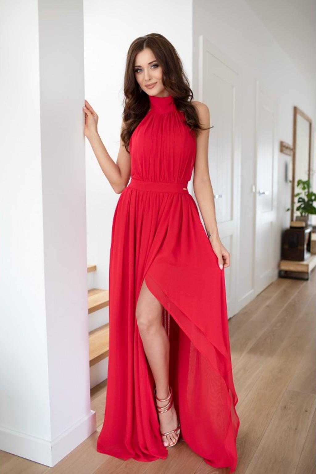 Červené šifónové šaty s rozparkom Veľkosť: XS